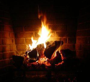 fireplace-1200620-639x583